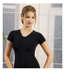 Bayan V Yaka Yarım Kol T-Shirt